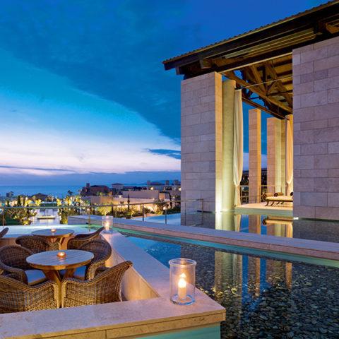 The-Romanos-Anax-Lounge-Lobby